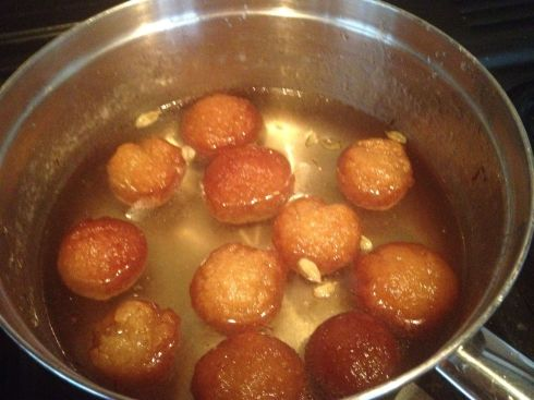 Gulab jamons in the pan